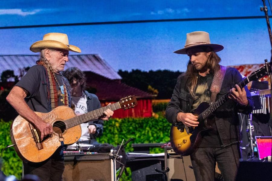 Musicians Willie Nelson and Lukas Nelson perform during the Farm Aid Festival